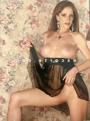 Annielle escorte girl massage