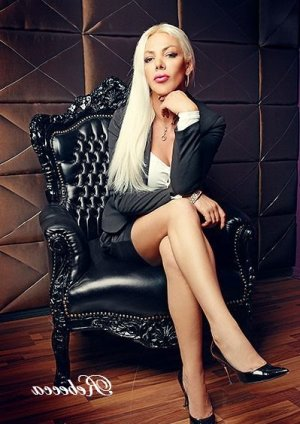Maria-angela wannonce escort girl